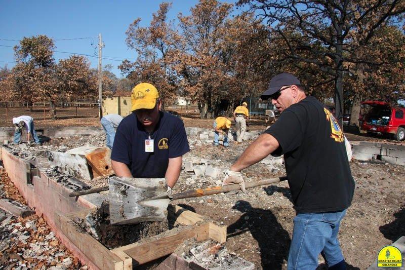 20120821_disasterrelief_hobbs_0044
