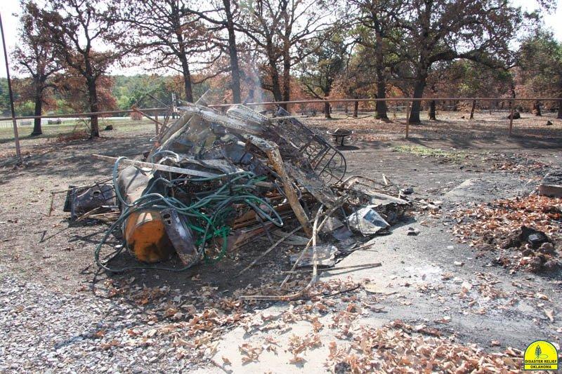 20120821_disasterrelief_hobbs_0052