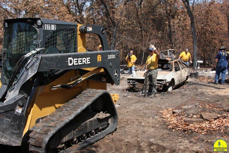 20120821_disasterrelief_hobbs_0125