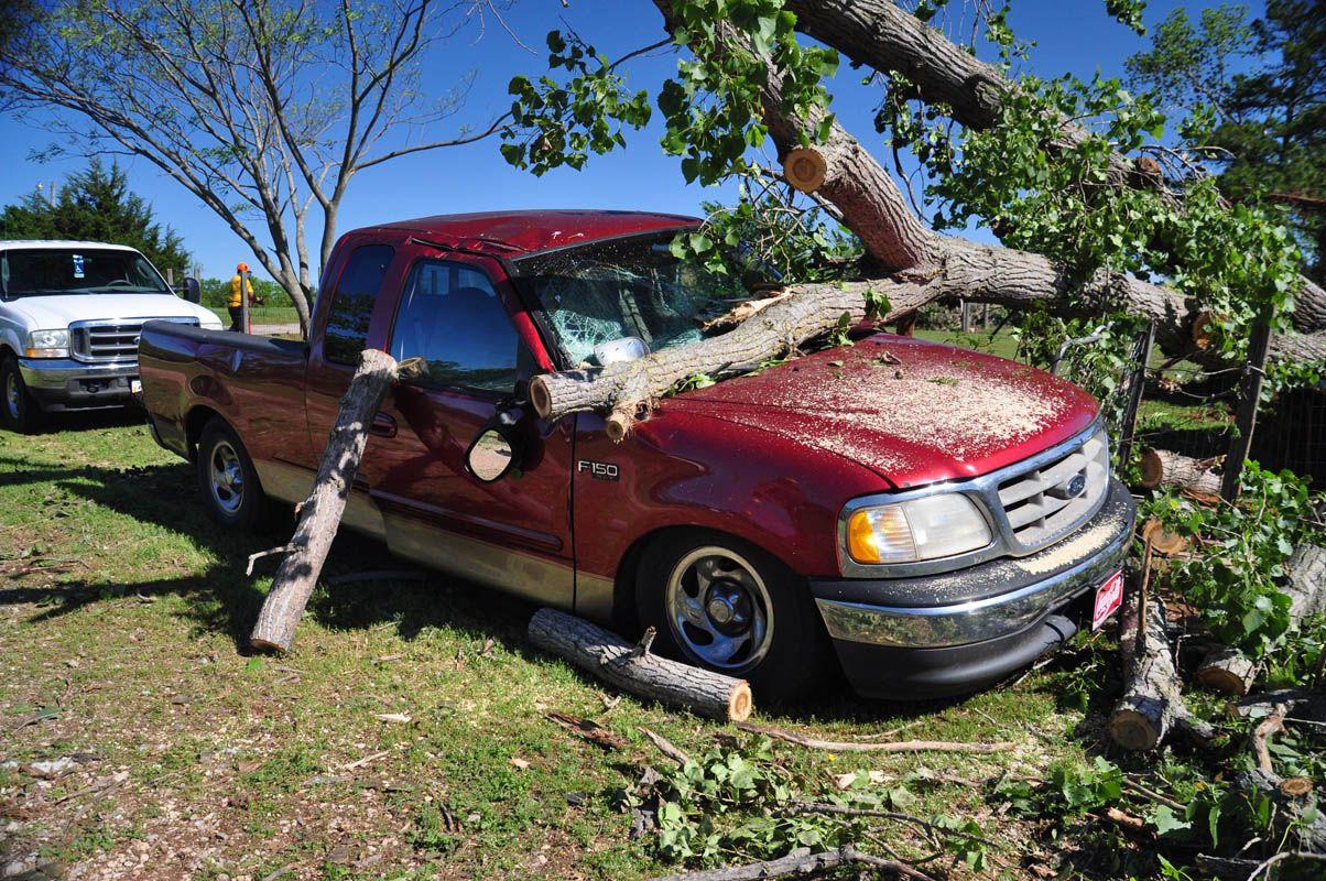 DR_2015-05_Tuttle-Tornado_David-Crowell-14.jpg