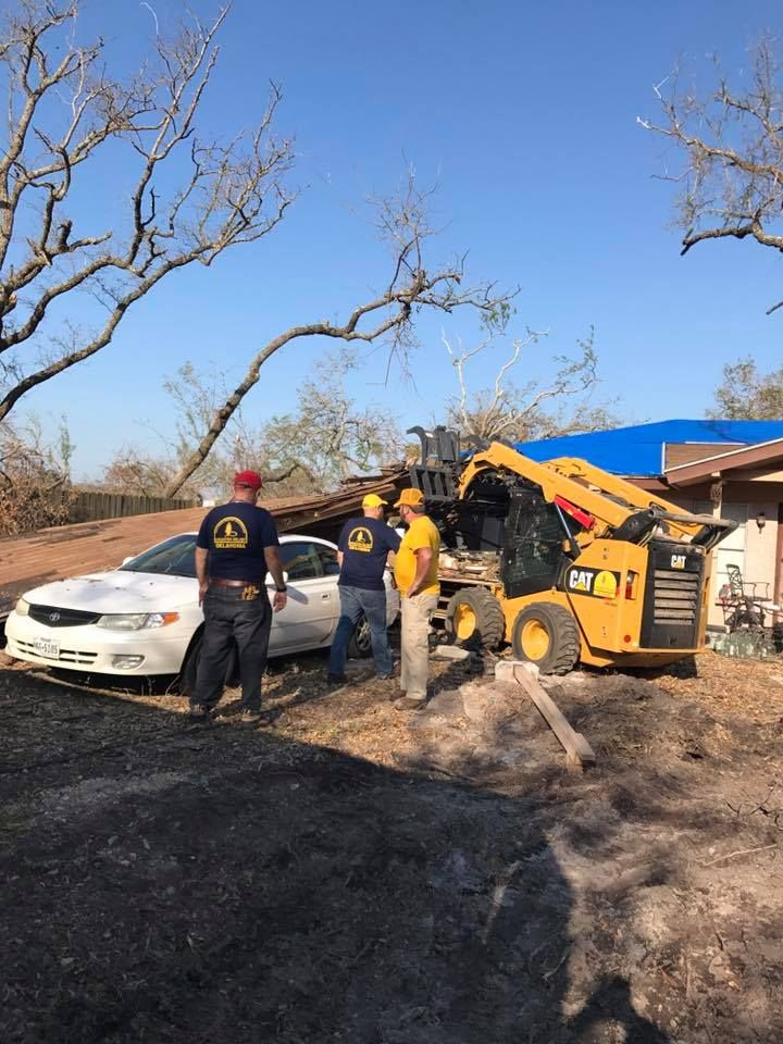 2017-10-14_Disaster-Relief_Keith-Lozier_1