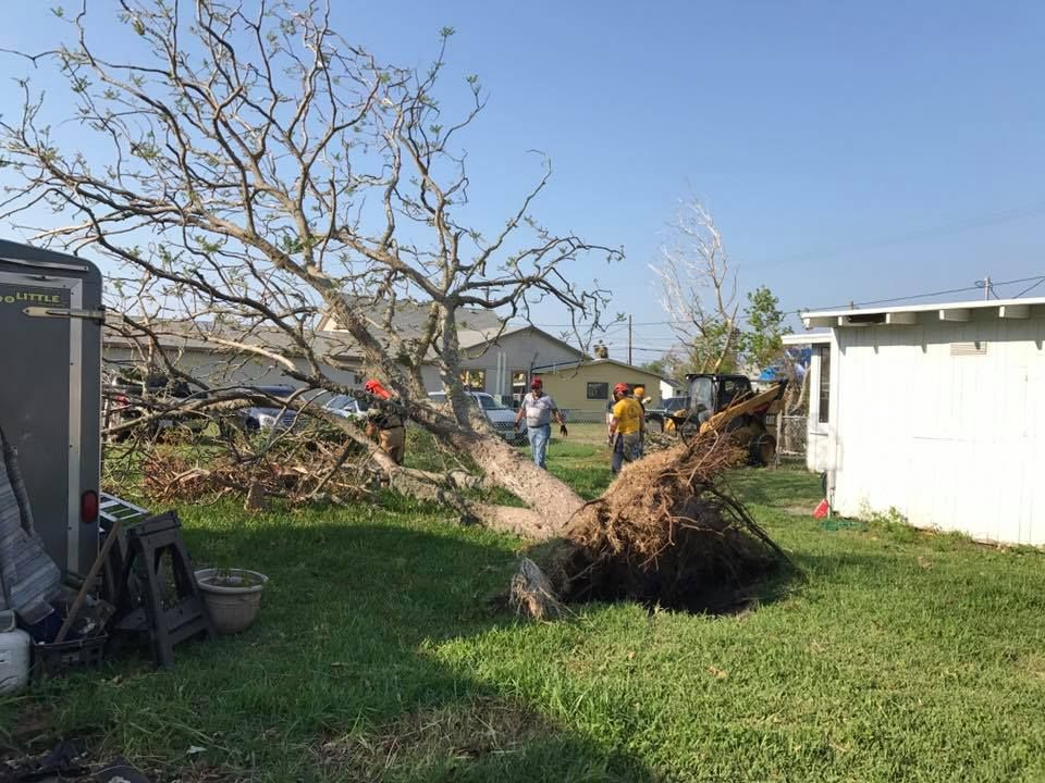 2017-10-14_Disaster-Relief_Keith-Lozier_5