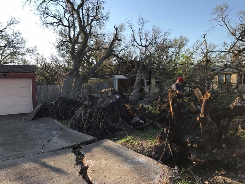 2017-10-14_Disaster-Relief_Keith-Lozier_6