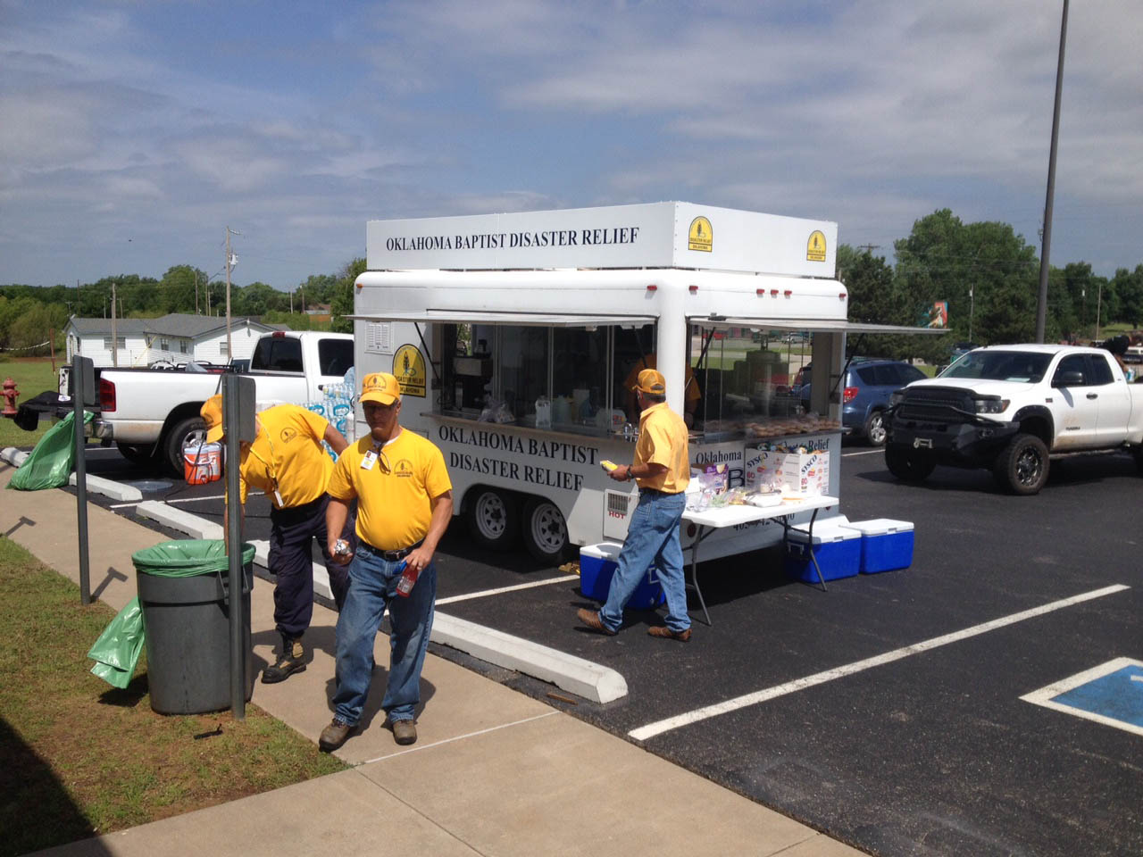 Oklahoma Baptist disaster relief volunteers serve meals on Thursday and Friday to victims and volunteer workers, at Snow Hill Baptist Church near Tuttle. (Photo: Brad Biddy)